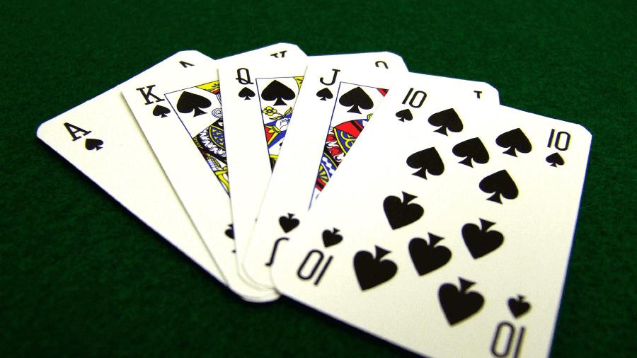 Những điều bạn nên biết nếu muốn thắng Poker